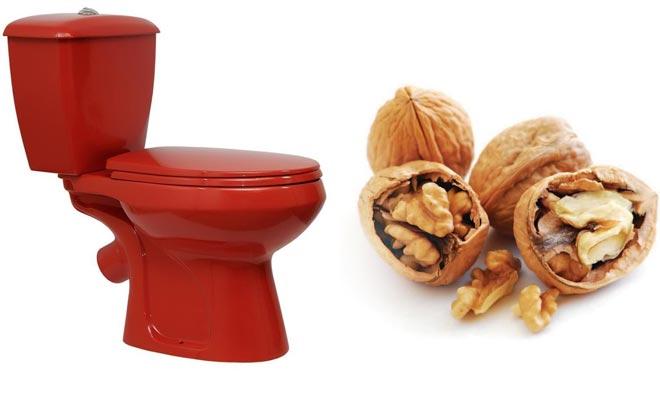 Унитаз и орехи